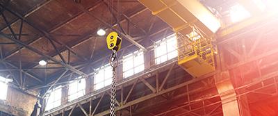 Ceiling crane in factory400x167